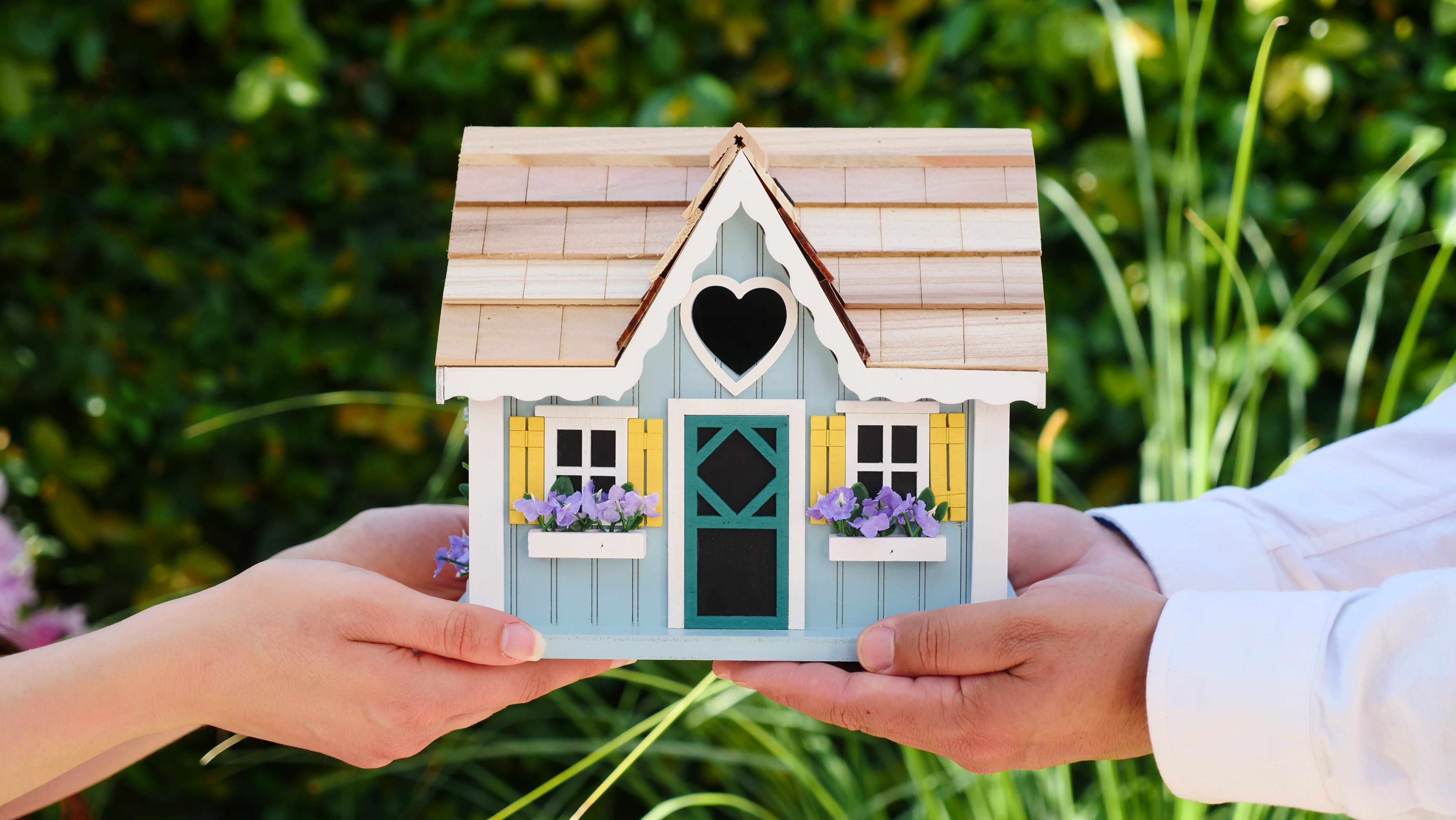 Buying A Home for the First Time? 5 Things To Consider