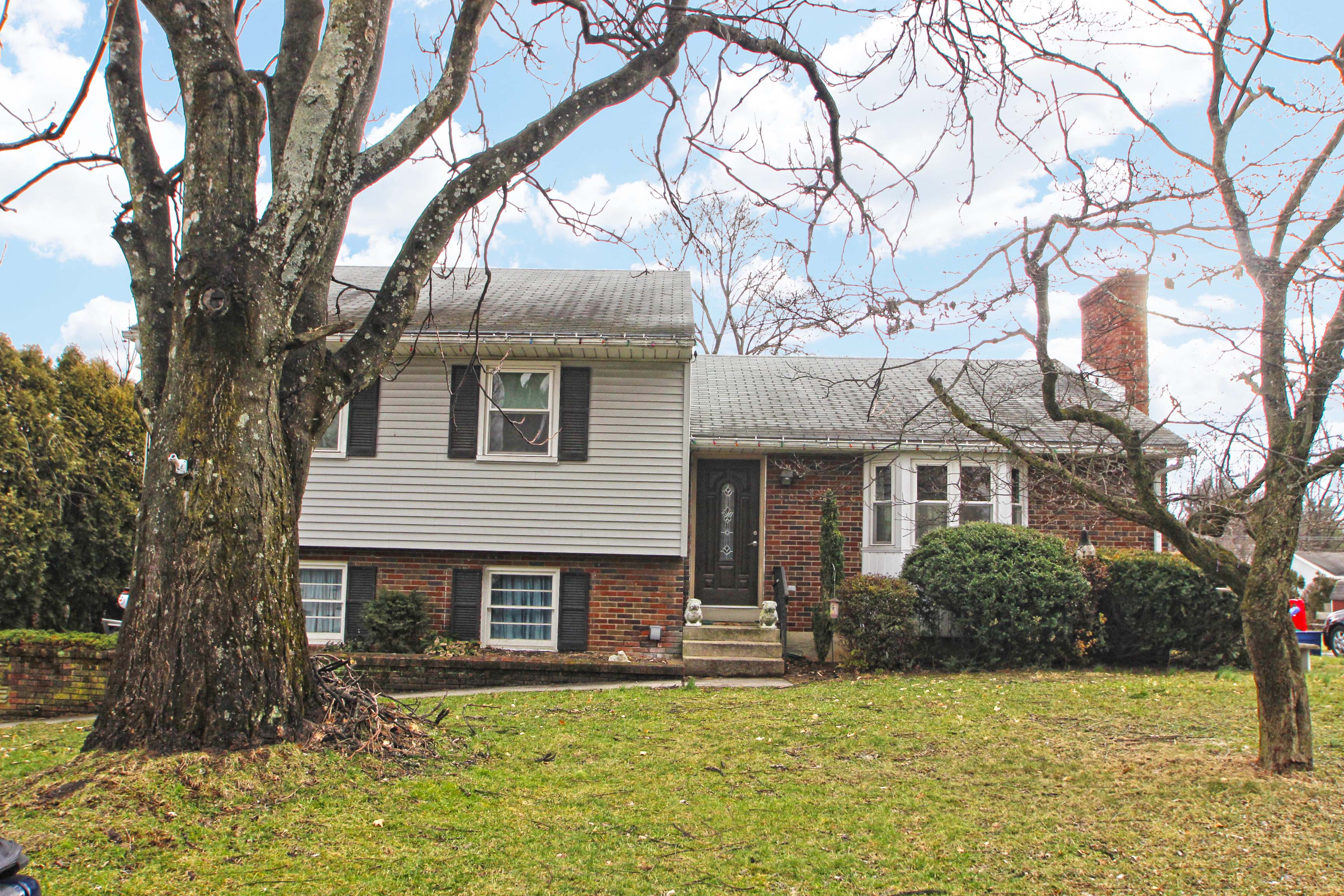 Salisbury Twp Home For Sale Just Listed!