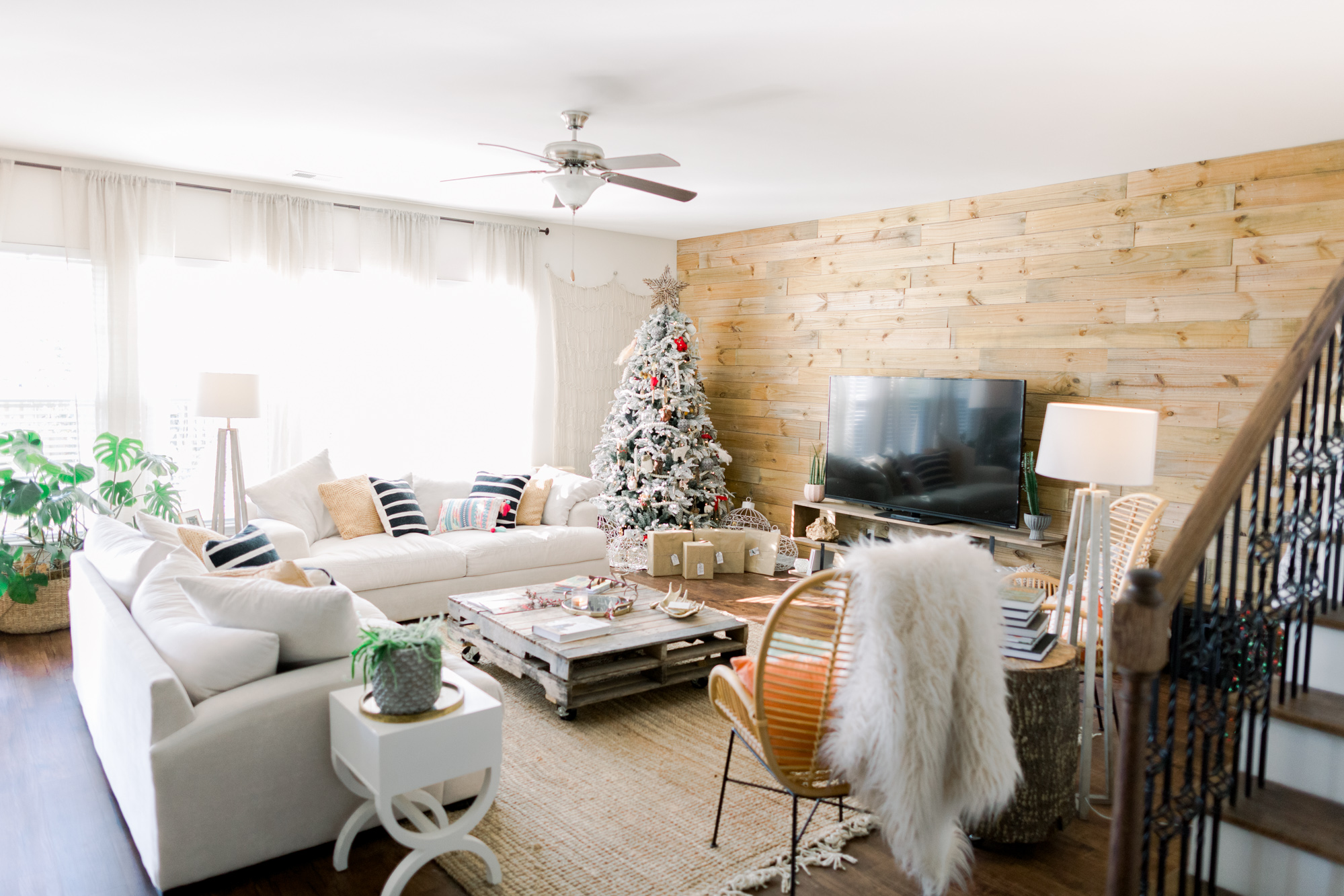 Handy Hints to Help Sell Your Home During the Holidays