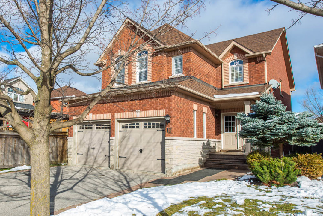 11 Natureway Court, Bolton EXCLUSIVE Real Estate Listing