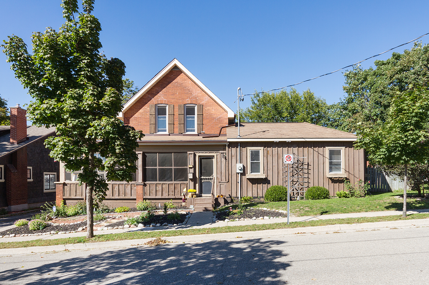 New Listing: 14 Abigail Ave - $419,900 - Updated Character Home With In-Law Suite