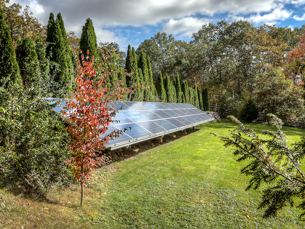 2019-10-15Communitysolar.jpg