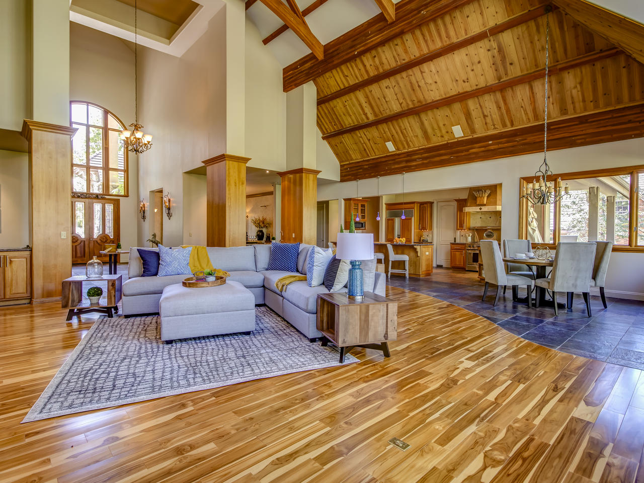 Lausaunne living room.jpg