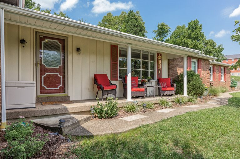 Stop by this beauty and tour the open house this Saturday, 11-12:30 at 970 Pools Creek Rd, Cold Spring!