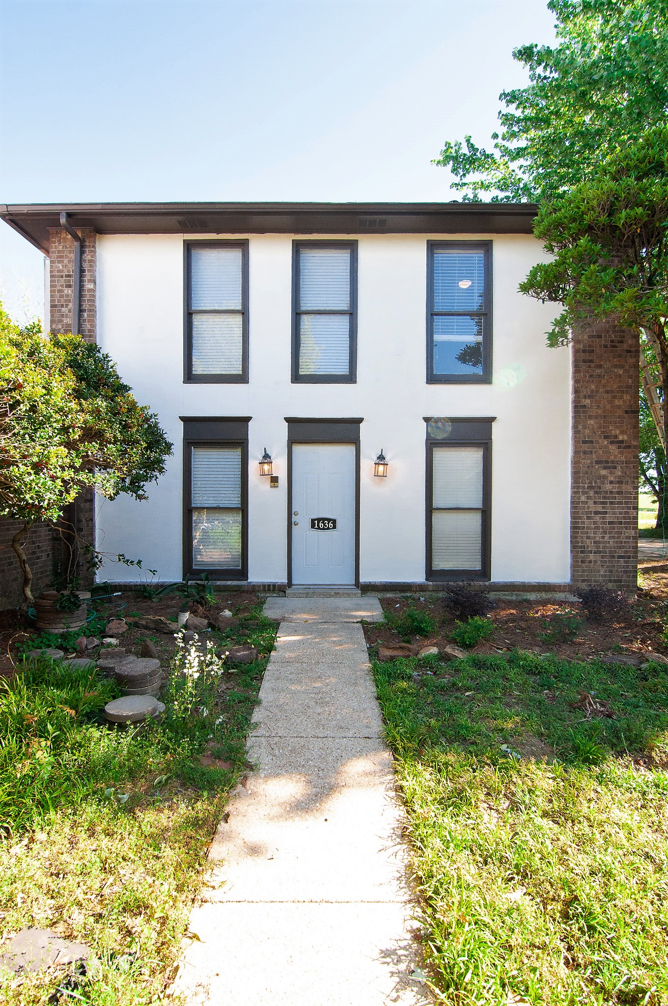 FOR RENT IN MONTGOMERY! 3 BED 2 BATH AT 1636 COBBLESTONE COURT
