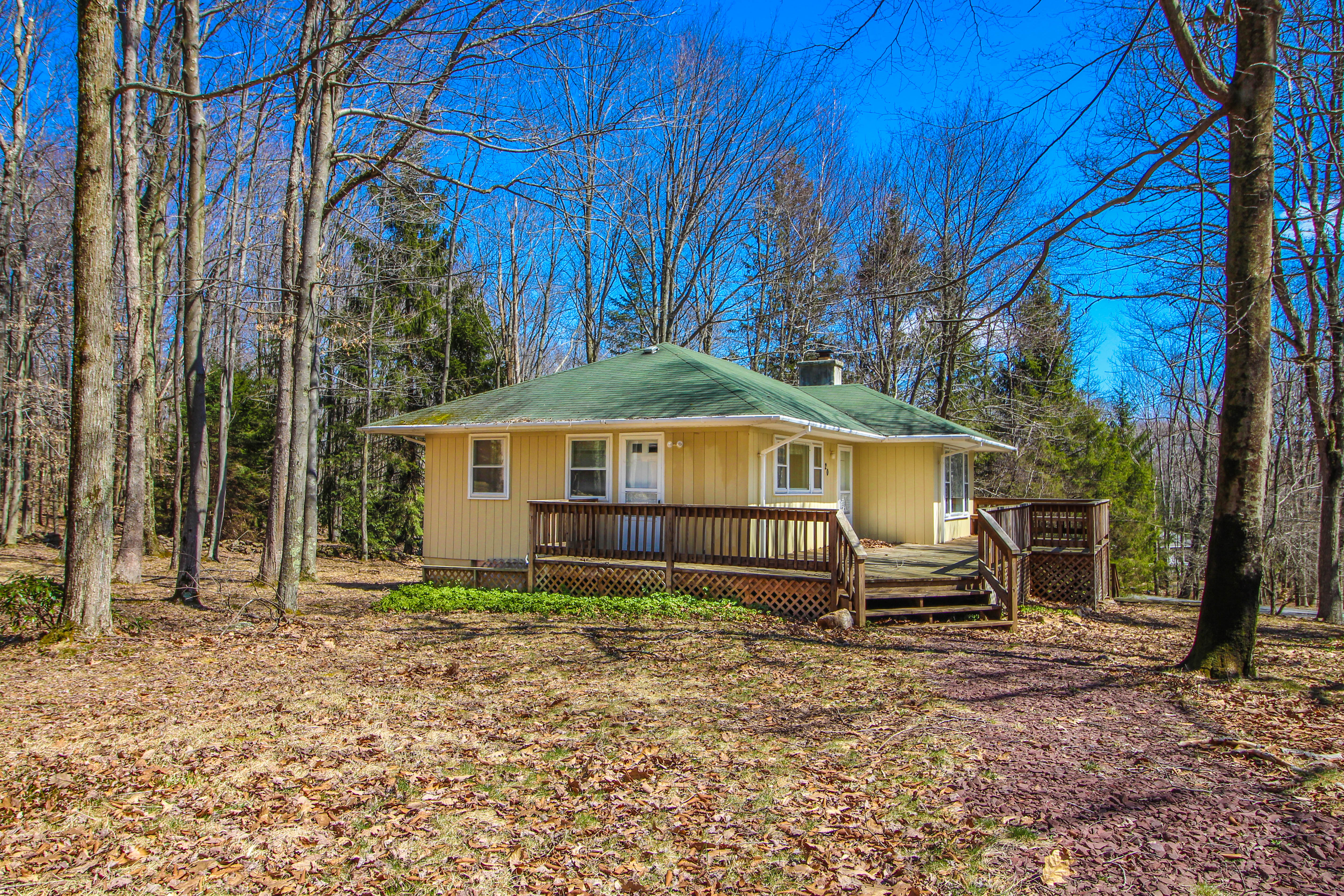 White Haven Home For Sale Just Listed in Pocono Mountain Lake!