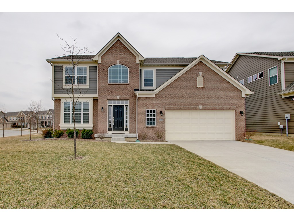 FOR SALE: Gorgeous home in Chapel Woods