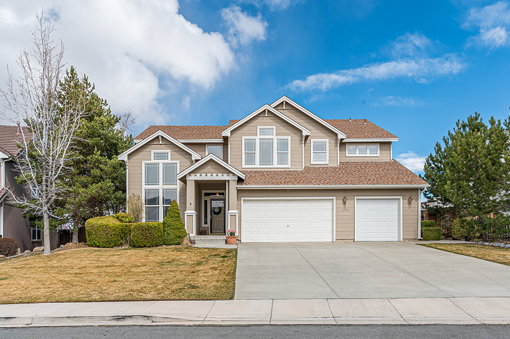 JUST LISTED: 1292 White Cedar Court