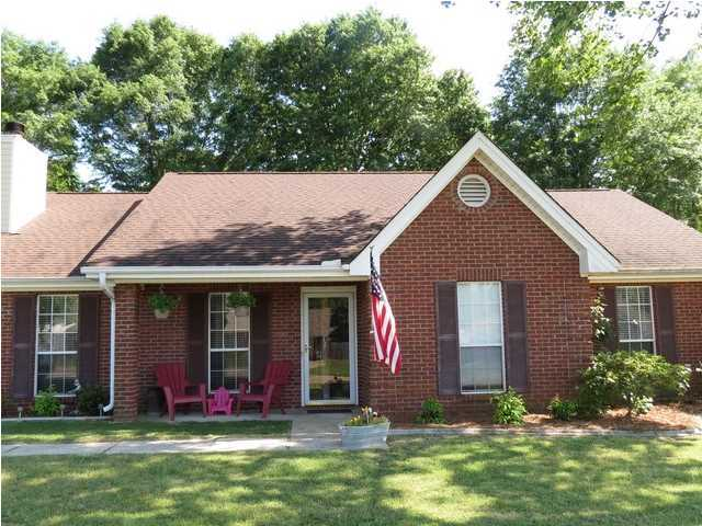 FOR RENT IN DEATSVILLE! 3 BED 2 BATH AT 455 BELLVIEW DRIVE