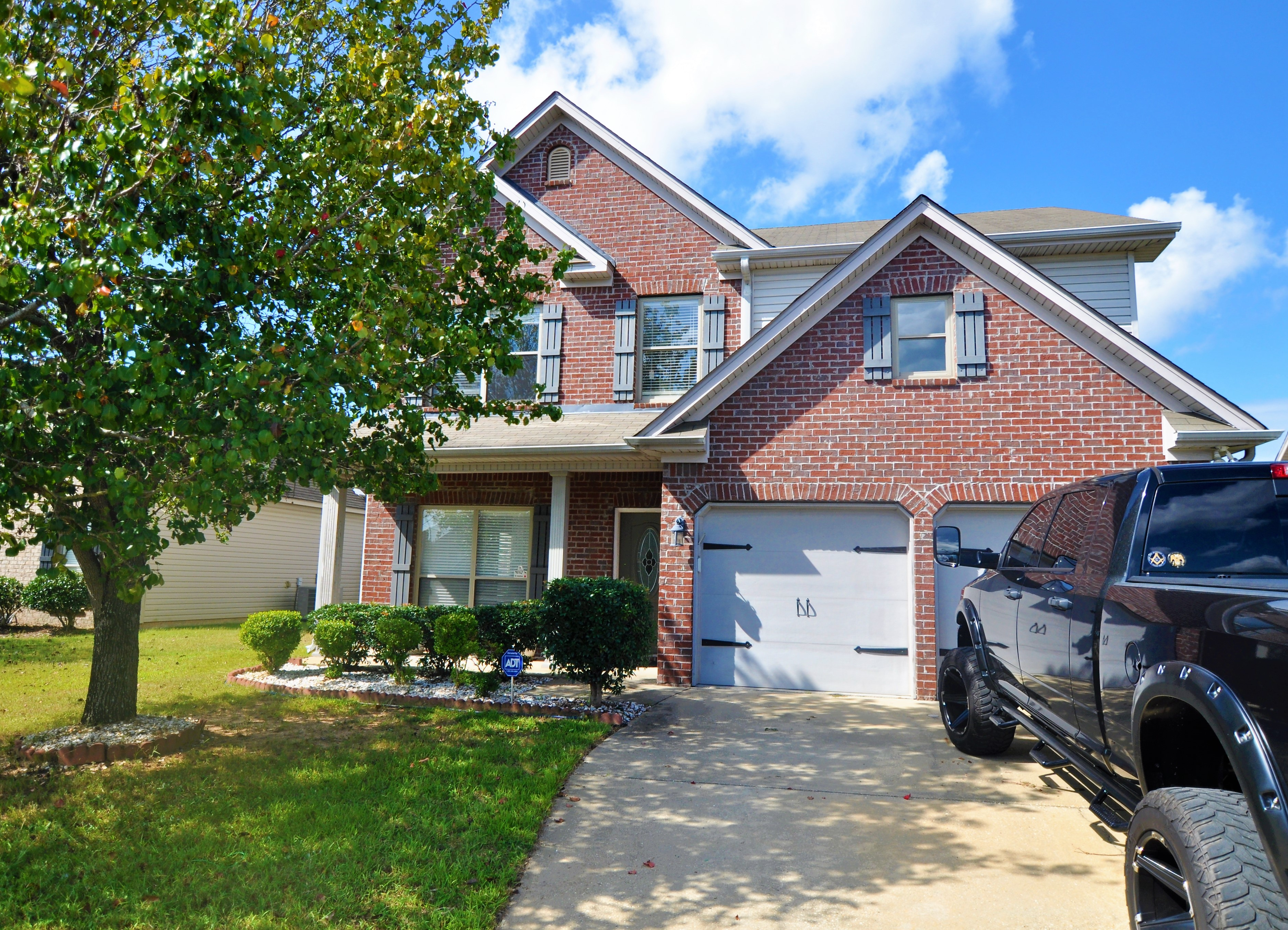 FOR SALE IN MONTGOMERY! 3 BED 2 BATH AT 6816 OVERVIEW DRIVE