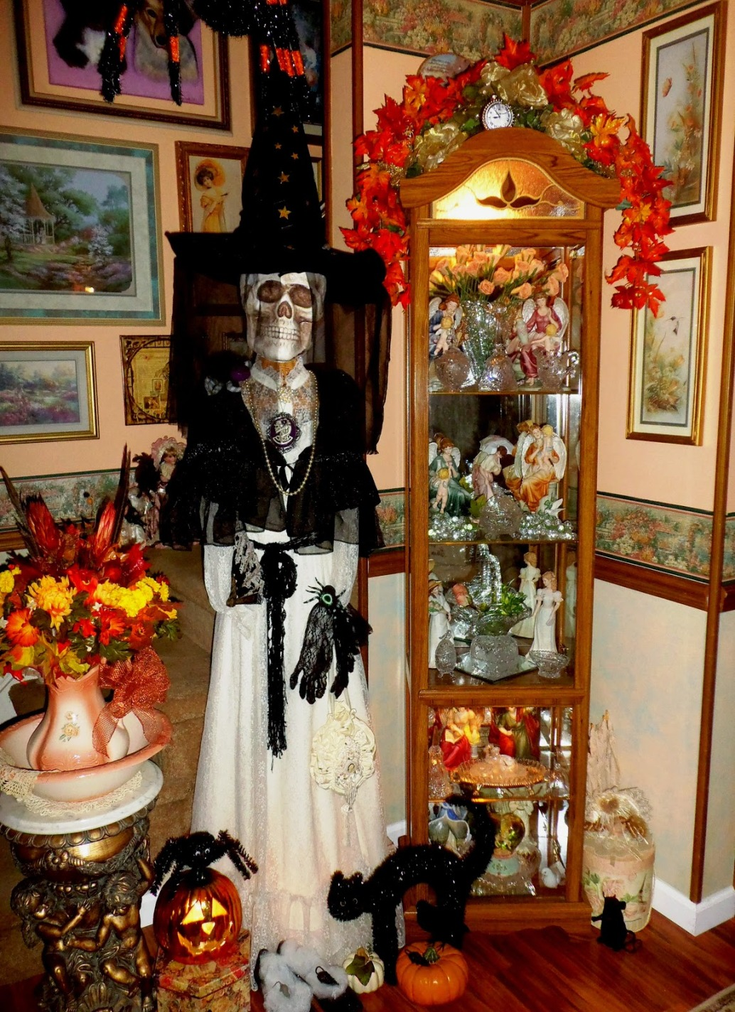 scary-halloween-skull-in-white-color-wear-black-hat-wooden-classy.jpg