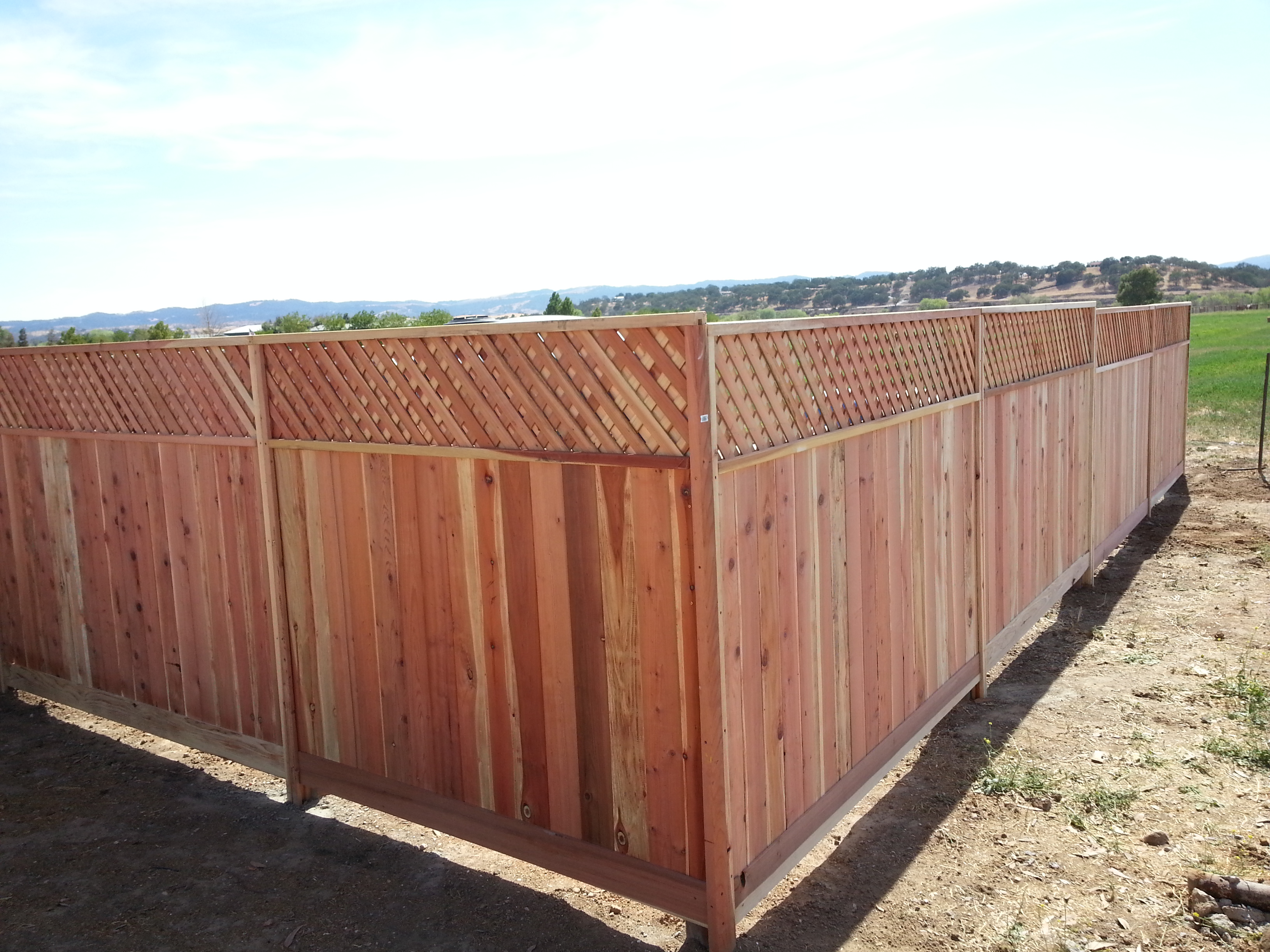 fence w lattice.jpg