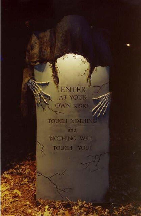 Best-Scary-Halloween-Decoration-Ideas.jpg