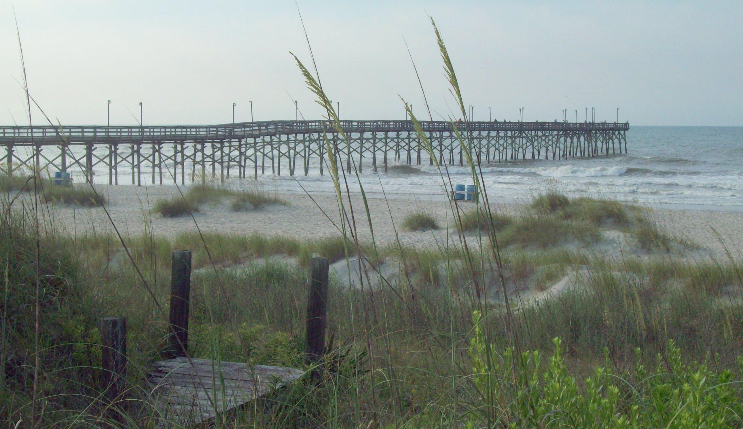 Ocean_Isle_Beach_NC_Fishing_Pier_Jun_10.jpeg