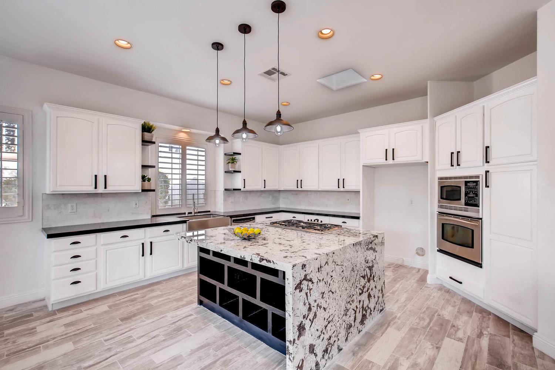 10365 Designata Ave Las Vegas-large-010-5-Kitchen-1500x1000-72dpi.jpg