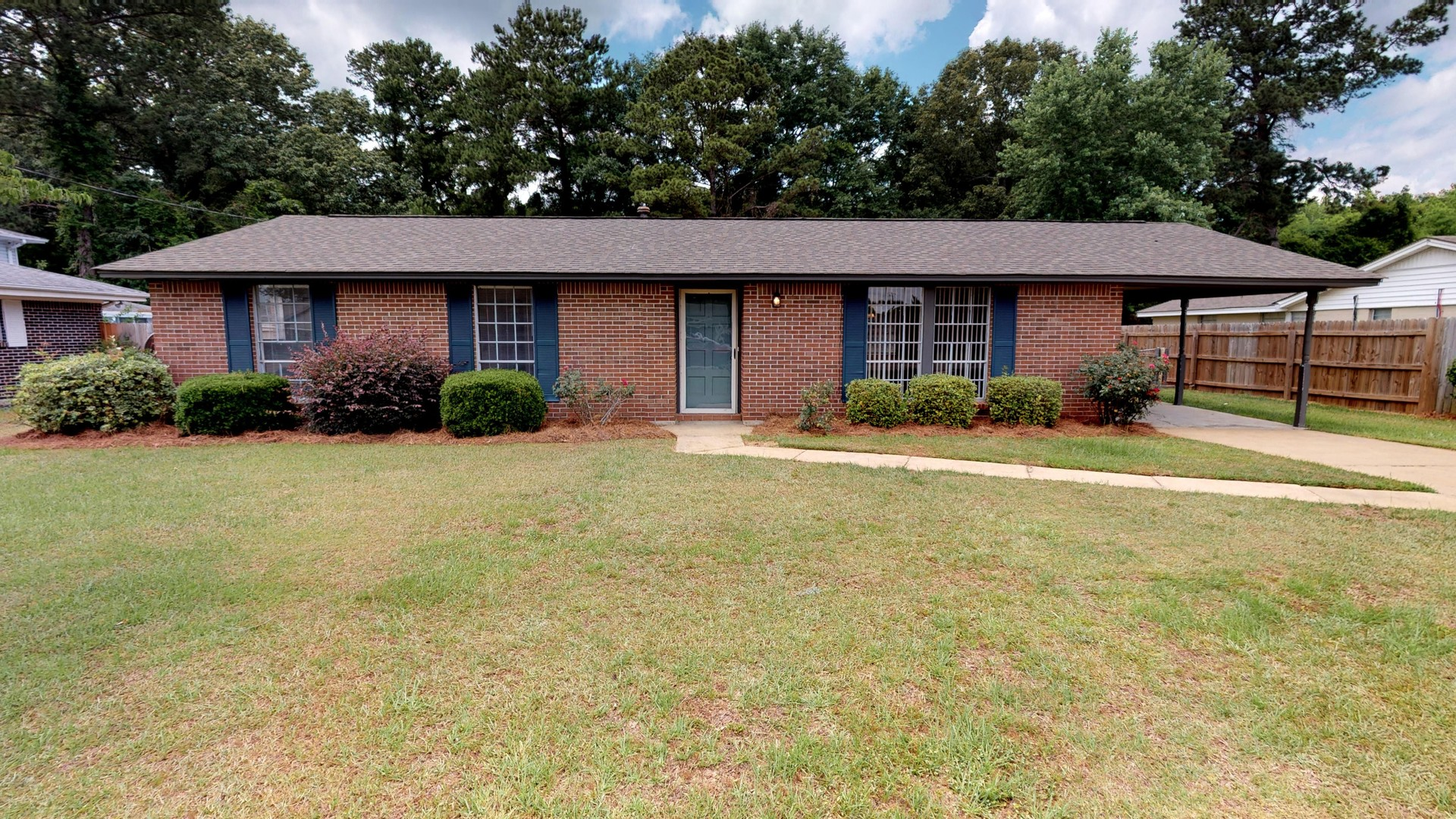 FOR RENT IN PRATTVILLE! 3 BED 2 BATH AT 213 STEWART STREET