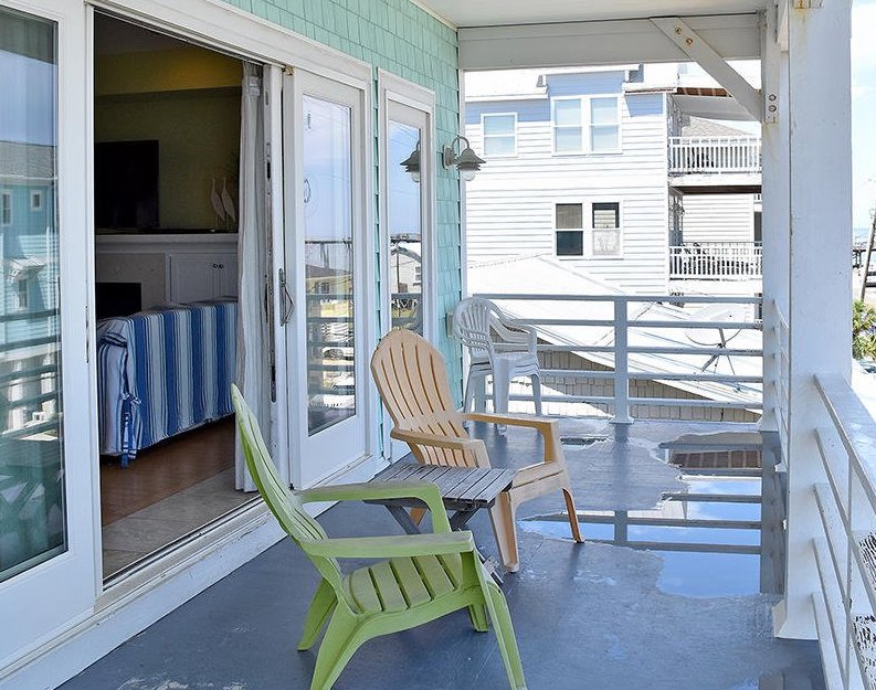 House Hunting with KBT: What We Love About 1701 Carolina Beach Avenue, Carolina Beach NC