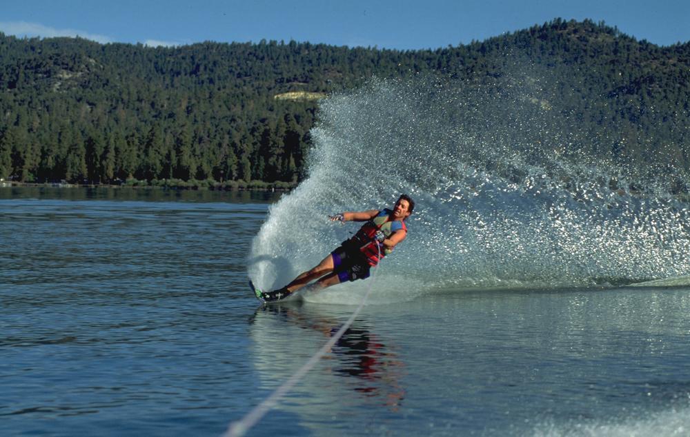Water-Skiing-Big-Bear.jpg