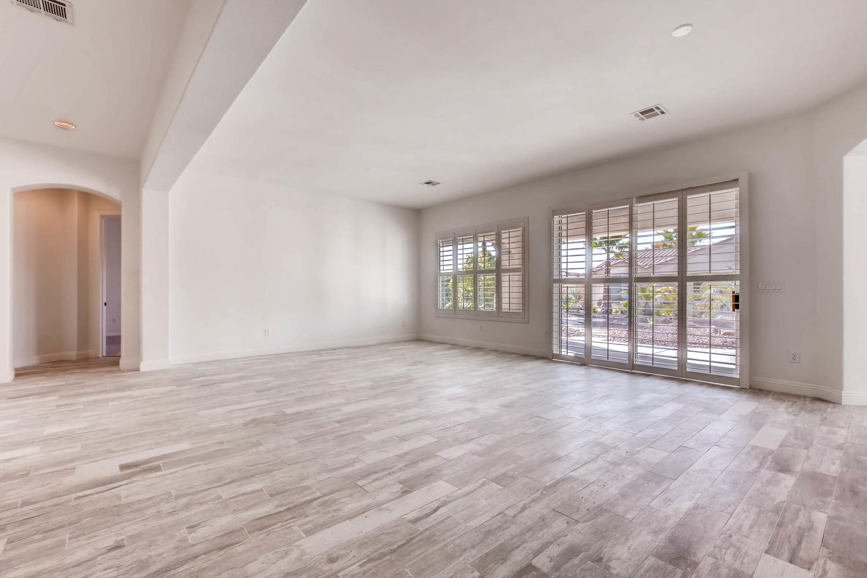 10365 Designata Ave Las Vegas-large-004-3-Living Room-1500x1000-72dpi.jpg