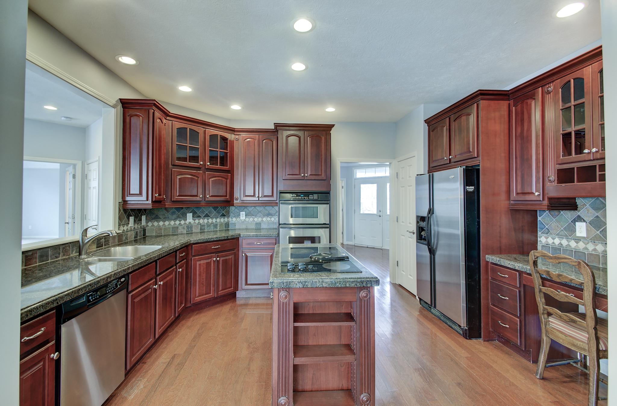 5-Kitchen View 2.jpg