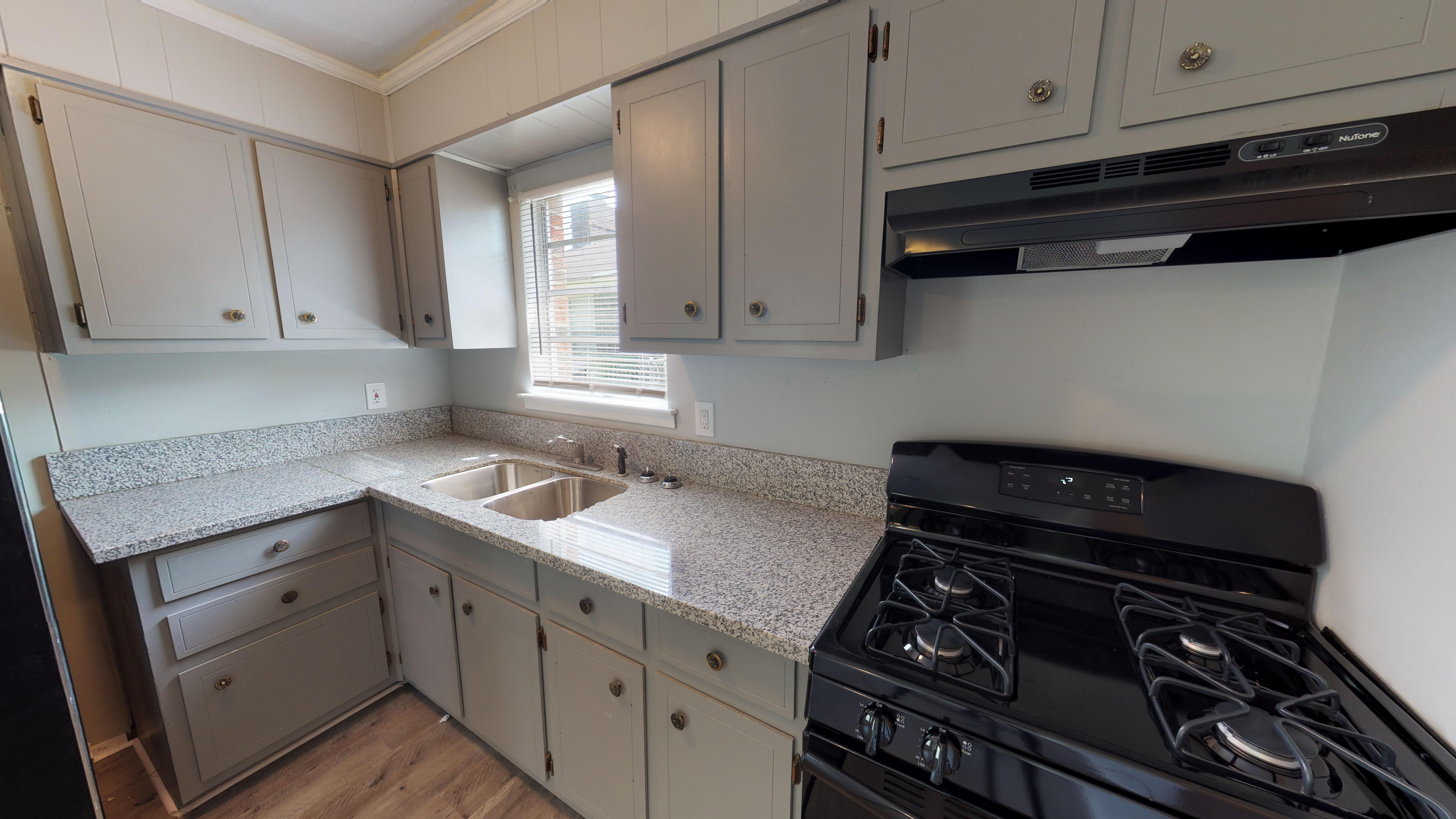 FOR RENT IN MONTGOMERY! 3 BED 2 BATH AT 4217 GREEN MEADOW DRIVE