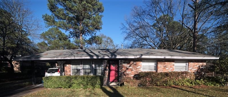 FOR SALE IN MONTGOMERY! 3 BED 2 BATH AT 1709 CELIA COURT