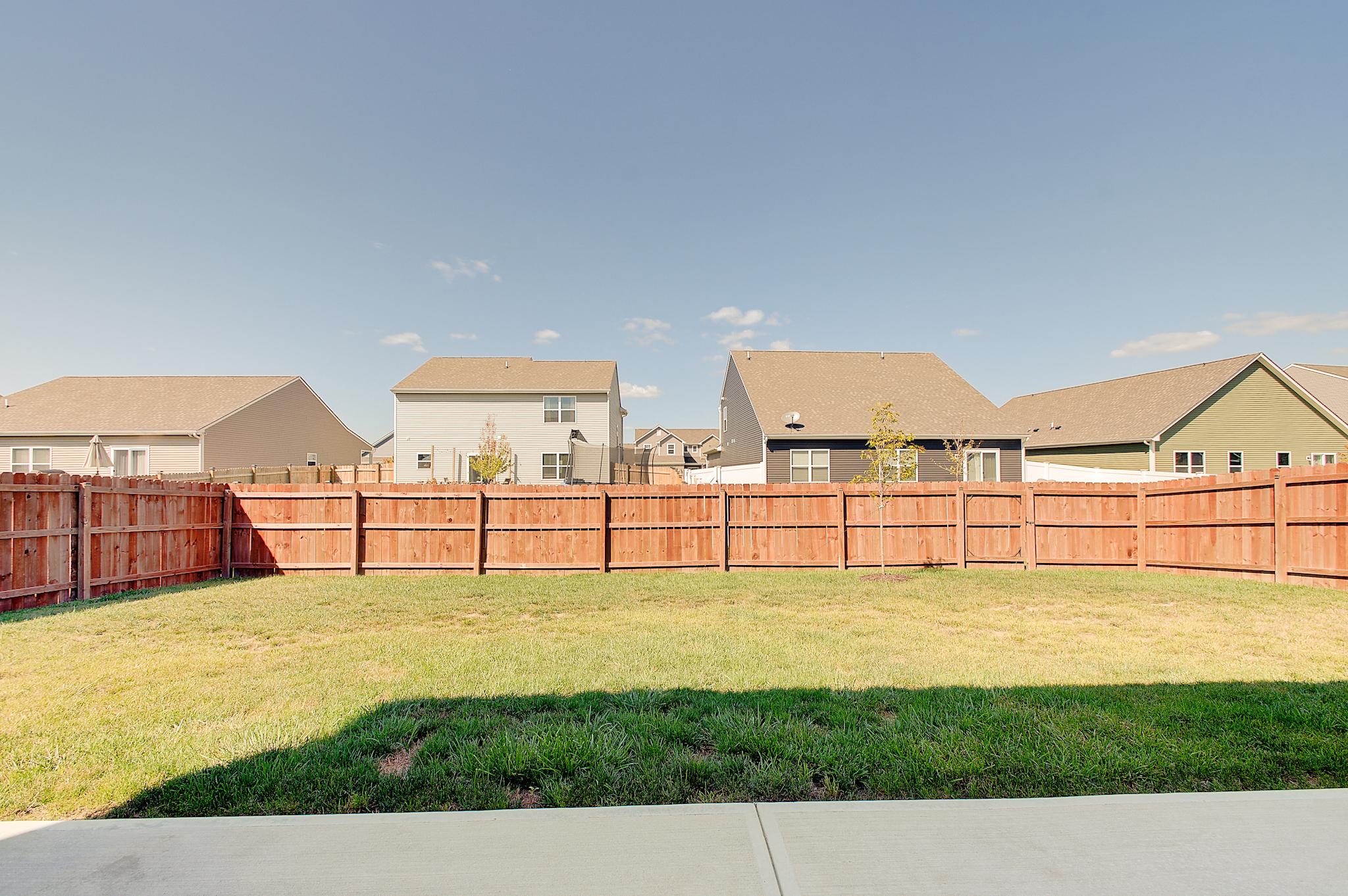 17-Rear-Yard-View-2.jpg