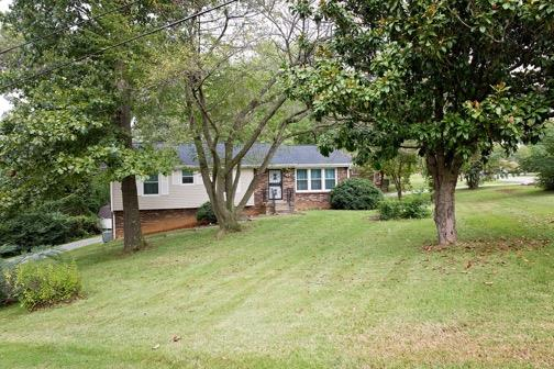 Beautiful home that is move in ready! Home For Sale at 295 Rue Le Mans Dr Clarksville TN 37042