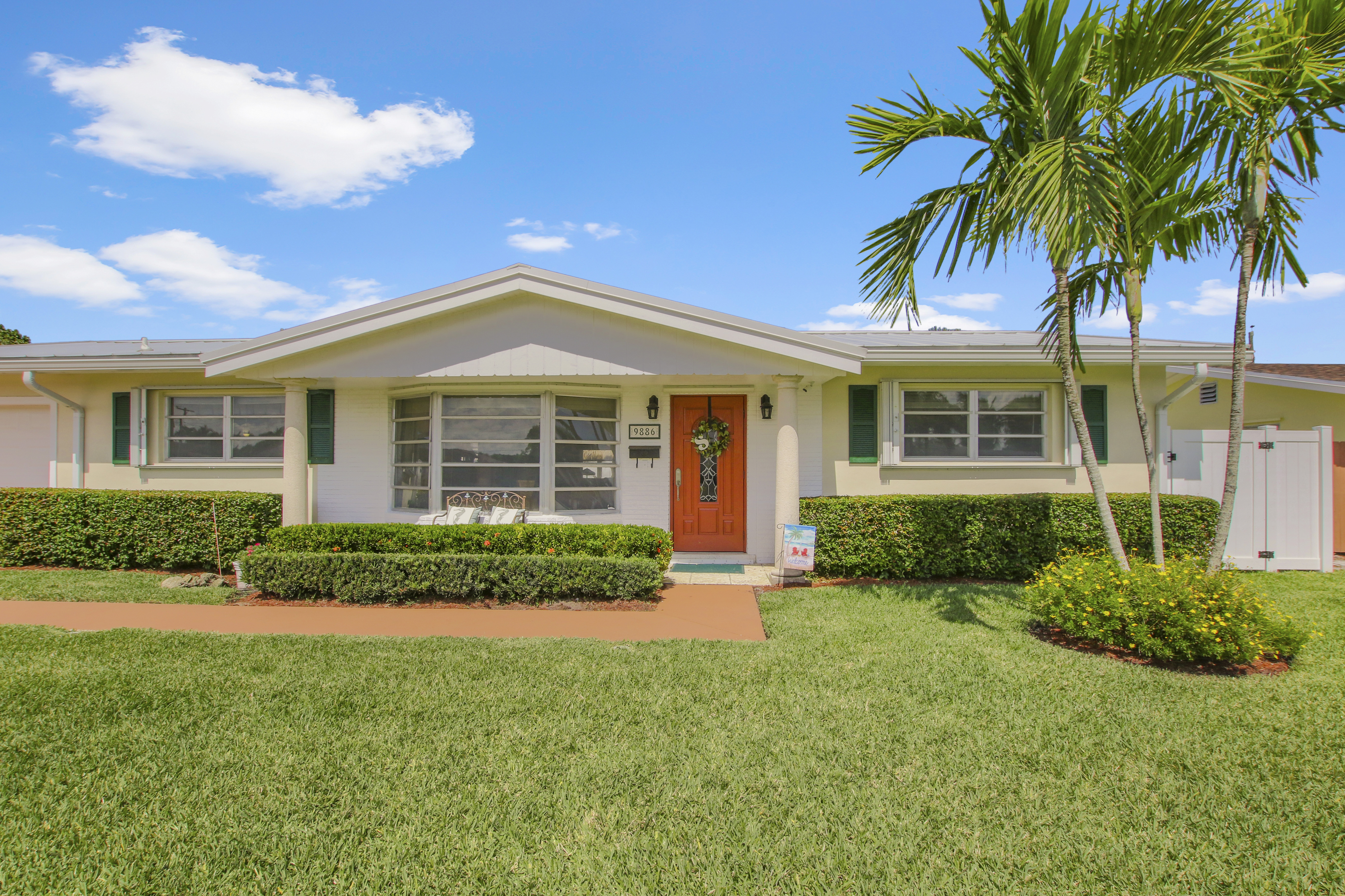 Just Listed!  Beautiful Palm Beach Gardens Home with NO HOA!