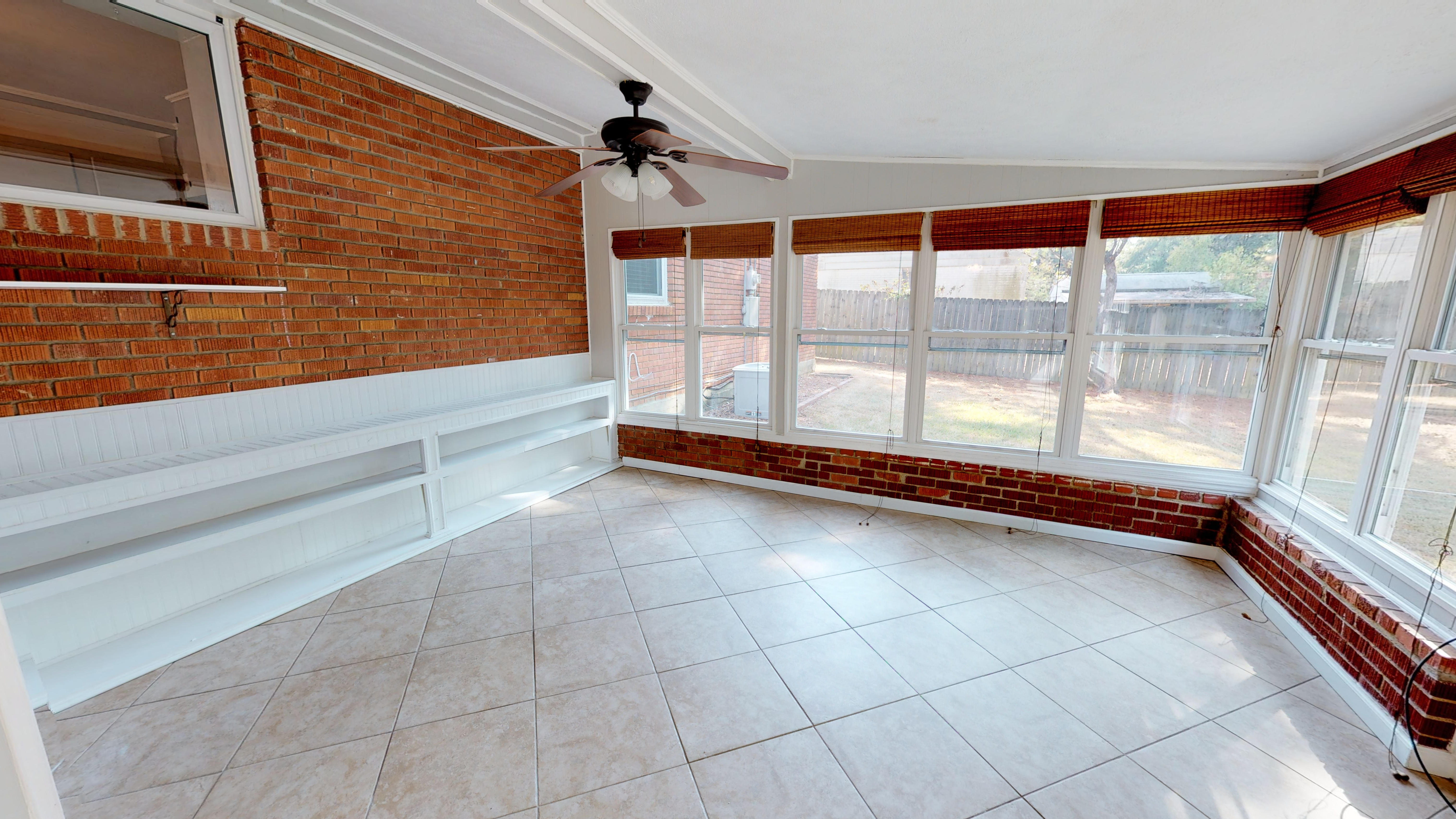 FOR RENT IN MONTGOMERY! 3 BED 2 BATH AT 755 HILLMAN STREET