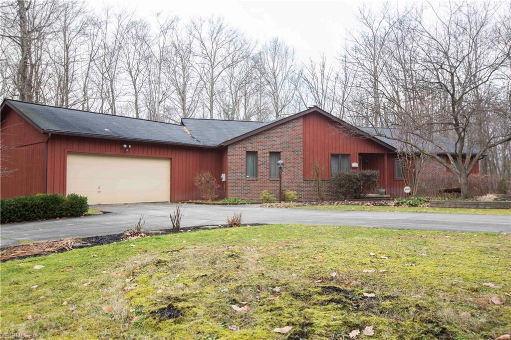 18876 Rivers Edge Dr W, Chagrin Falls, OH 44023 - Chagrin Falls Homes for Sale