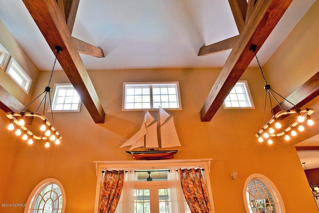legacy oaks family room ceiling.jpg