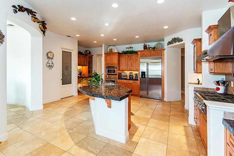 Bia kitchen.jpg